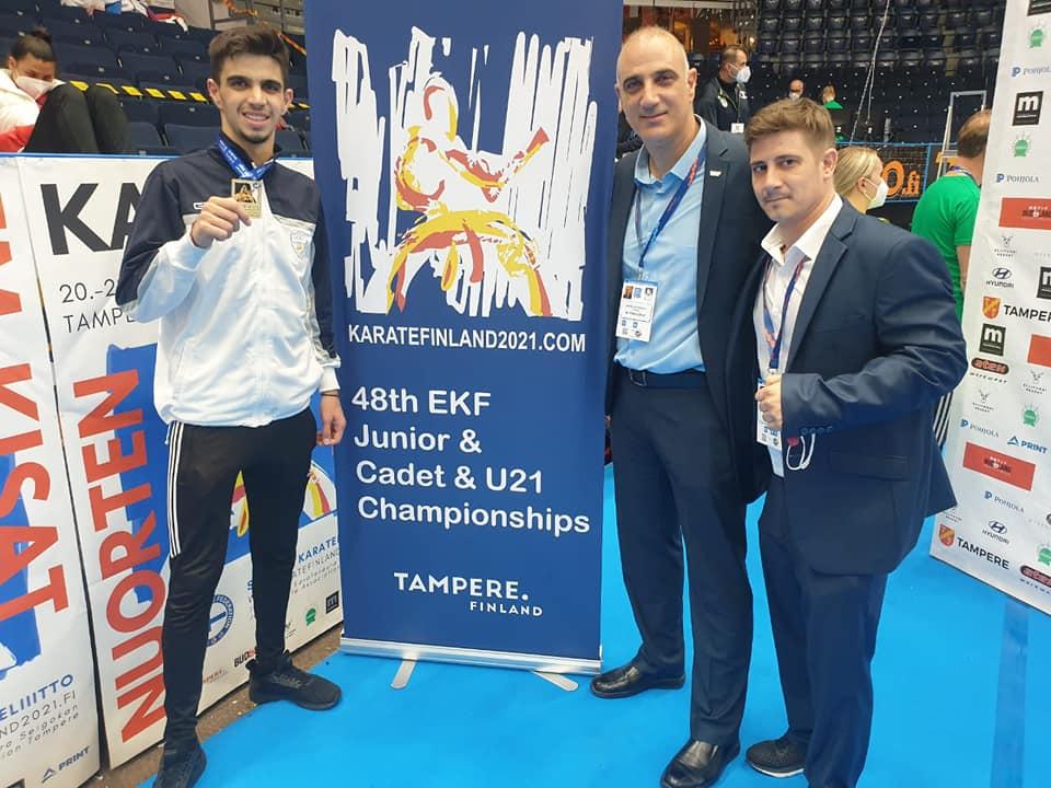 Χρυσό Μετάλλιο στο Πανευρωπαϊκό πρωτάθλημα καράτε από το Λοΐζο Βασιλείου